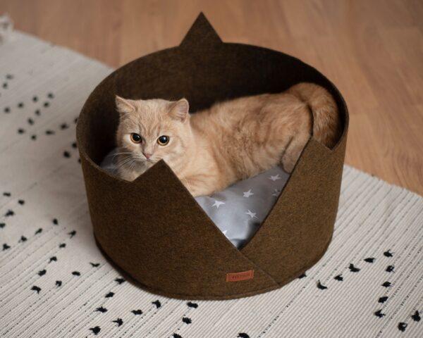 Лежак для кошки с ушками