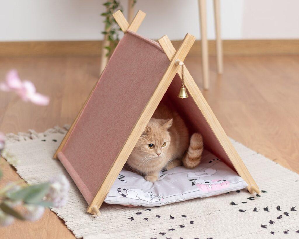 Домик для кошки из натурального войлока