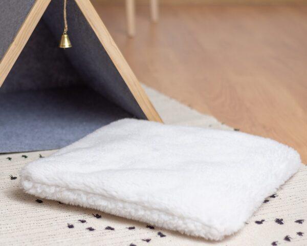 Подушка из меха