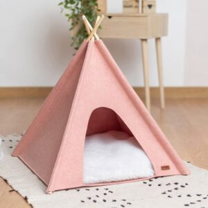 Розовый вигвам с меховой подушкой