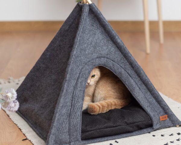 Вигвам для кошки из мягкого войлока