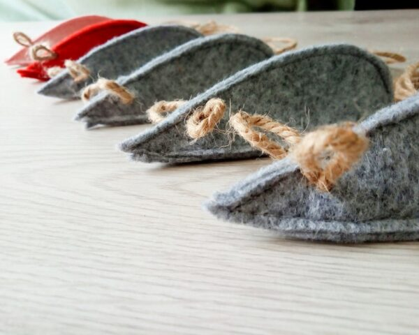 Мышки из войлока